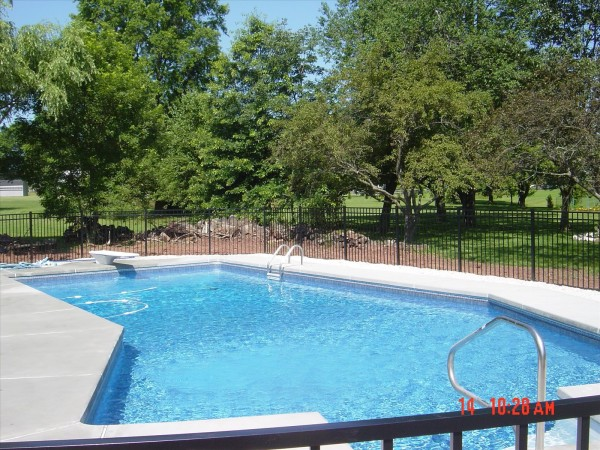 Vinyl liner inground pool construction by s r pools for Lazy l pool cover